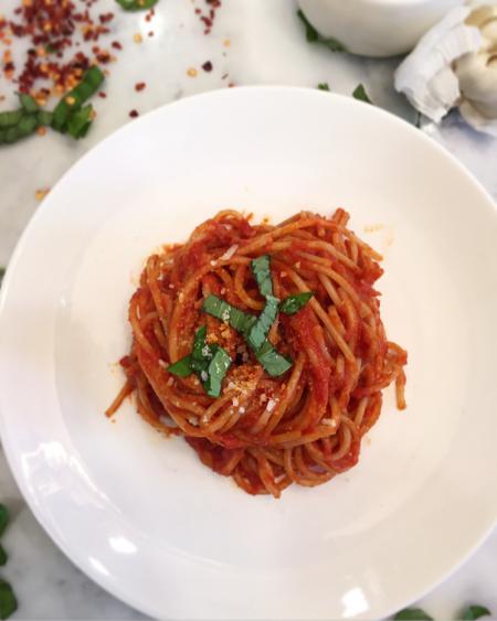 pasta pomodoro recipe, pomodoro sauce, pomodoro sauce recipe, red sauce recipes, pasta a la pomodoro